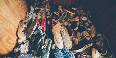 У туђим ципелама